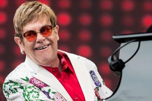Coffs Harbour Elton John